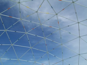 Color coding makes assembly of the Geodesic Dome framework easy